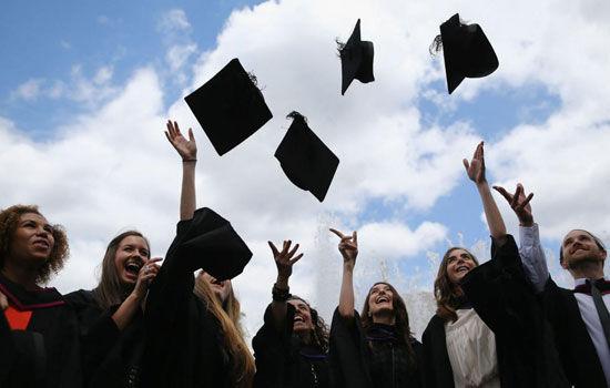 Tantangan dalam Mendapat Pekerjaan: Pendidikan dan Kebutuhan Pekerjaan Masih Kurang Sejalan